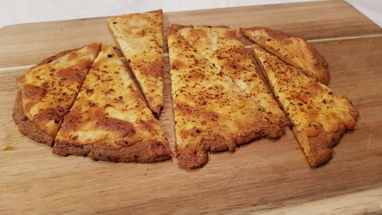 Lavkarbo hvitløksbrød med ost!