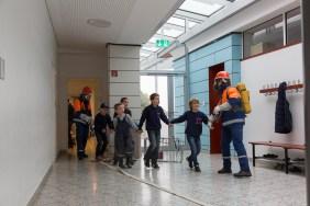 Großübung der Jugendfeuerwehren der Stadt Usingen an der Grundschule Eschbach.