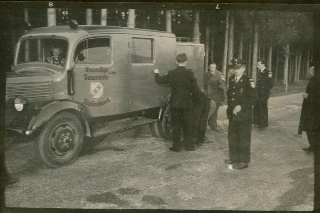 1951_StiftungsfestAltötting_Fahrzeug_Riedenburg