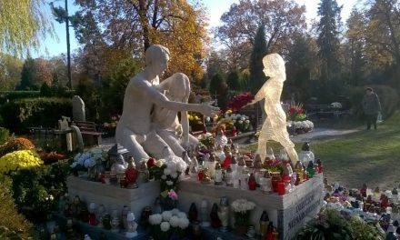 Pochówek dzieci martwo urodzonych