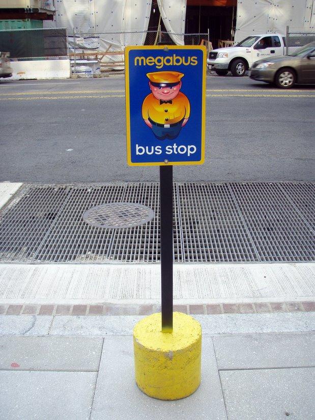 Megabustop, by Daquella manera - Flickr