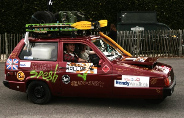 Fevered Mutterings image - Reliant Robin, Mongol Rally 2011 - Mike Sowden