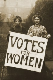 Annie_Kenney_and_Christabel_Pankhurst
