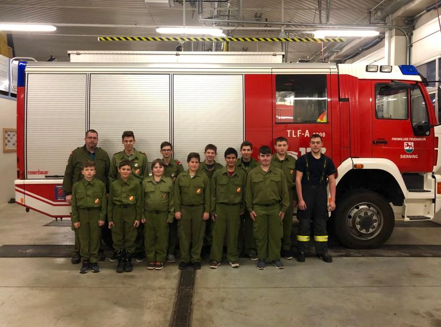 Jugendgruppe der Freiwilligen Feuerwehr Sierning im Jahr 2019