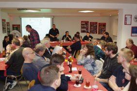 45 Mitglieder folgten der Einladung ins Feuerwehrhaus.