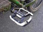 Grymt snabba pedaler.