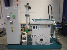 Small compact VI system with impregnation and holding tank from Meier