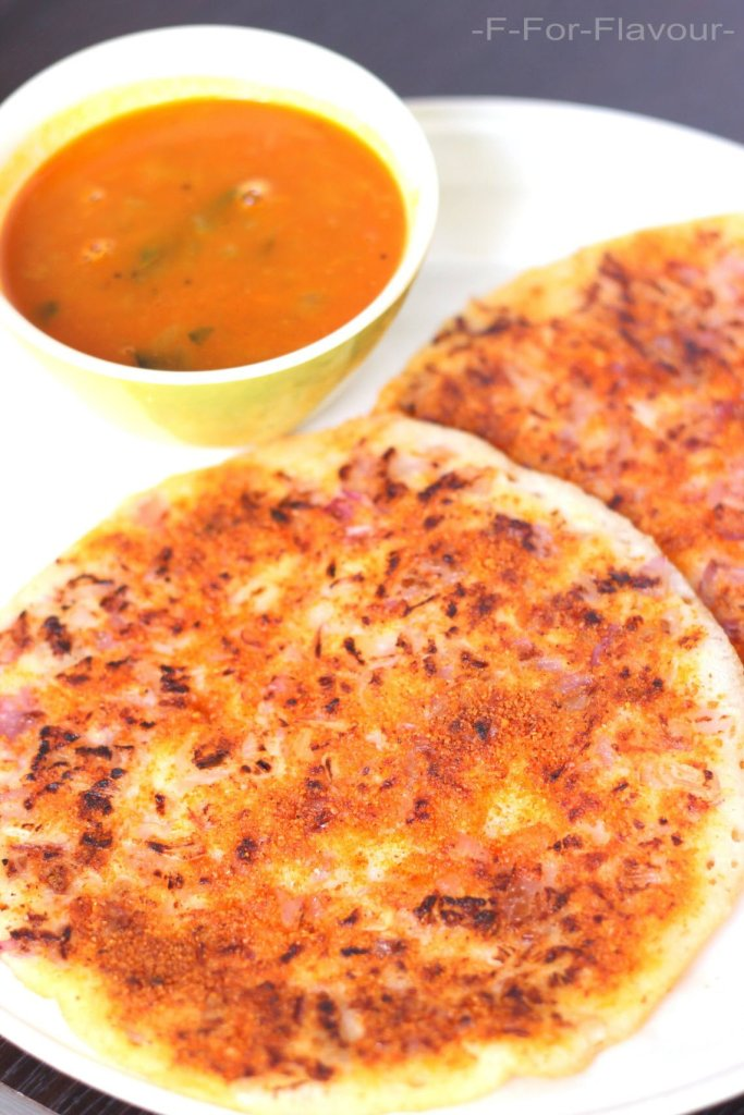 Onion Uthappam / Uttappam
