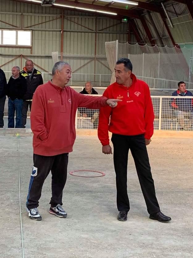 Eric Dujancourt montre le chemin de la victoire à Christian Hainaut ?