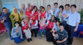 2018年にはFGFJのインドネシアプレスツアーに参加(前列一番右が國井氏)(Jiro Ose / The Global Fund)