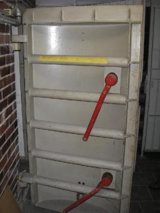 ABC-Schutztür im Untergeschoss.