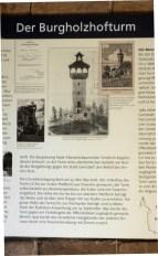 Ausschnitt aus der Infotafel zur Geschichte des Turms.