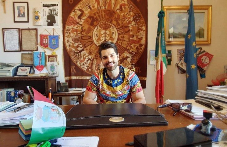 Alok visiting the Mayor in San Giovanni a Piro, Italy, receiving Italian citizenship.
