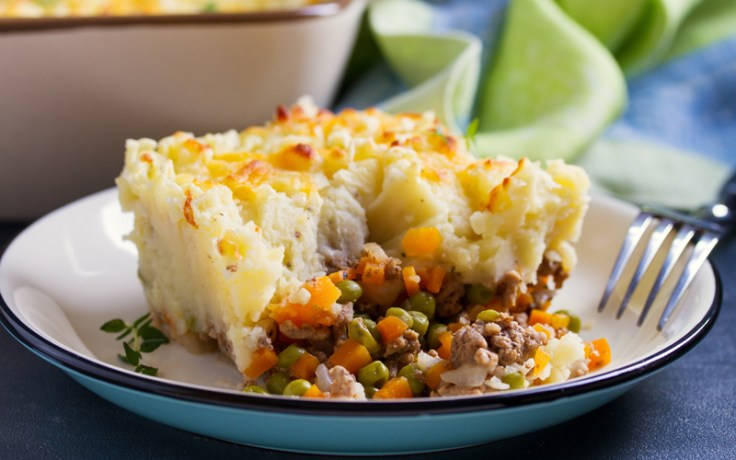 shepherd's pie on a plate