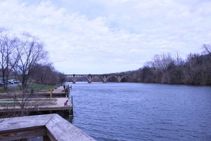 Picture of the Rappahannock River viewed from the docks