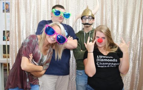 Yearbook Week: Photobooth