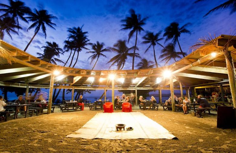 Robinson Crusoe Island/Likuri Island Resort
