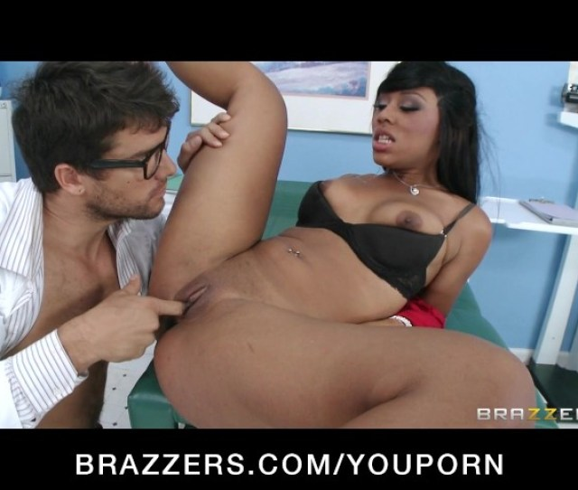 Hot Ebony Patient Leilani Leeane Fucks Her Doctor To Feel Better Free Porn Videos Youporn