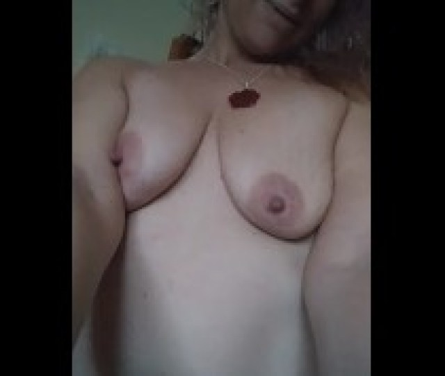 Sexy Milf Mom Loves Youporn Viewers