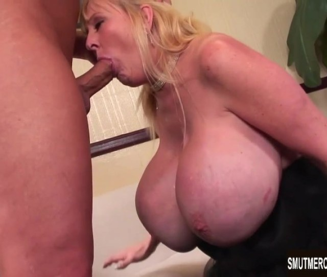 Giant Boobed Mature Woman Fucks And Eats Cum Free Porn Videos Youporn