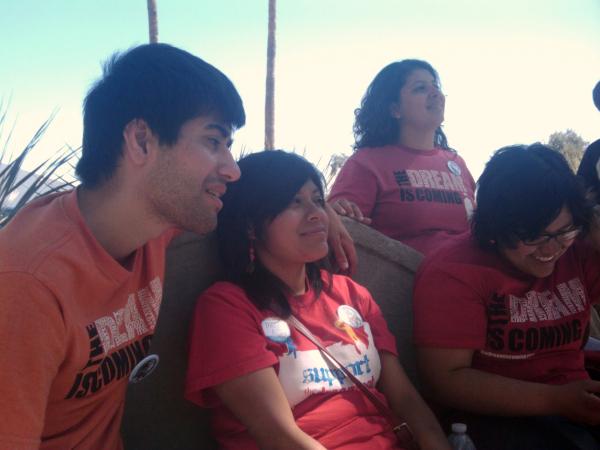 Dream Act Protesters Mohamed, Lizbeth, Tania and Yahaira in Tucson, AZ - Photo: Valeria Fernandez
