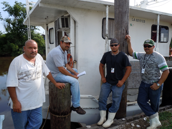 Hispanic Fishermen in St. Bernard Paris - Photo: Annie Correal