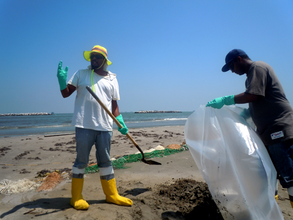 Hispanic Oil Spill Workers