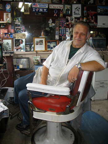 Sam Marcucci, a barber in Port Richmond - Photo: Cristina DC Pastor