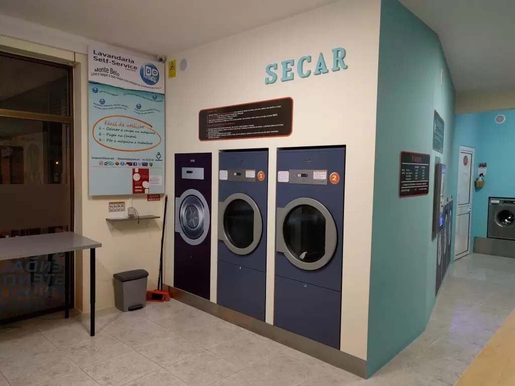 Lavandaria Self Service 100estendal (interior)