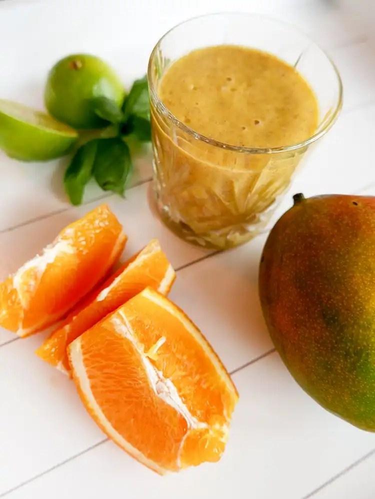 Smoothie med mango och apelsin