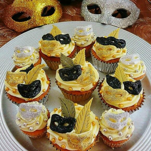 Masked Ball Cupcakes
