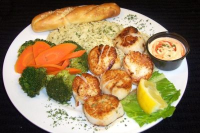 Seared Scallop Dinner- Fibbers
