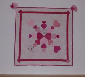 P1000776 heart quilt over fireplace