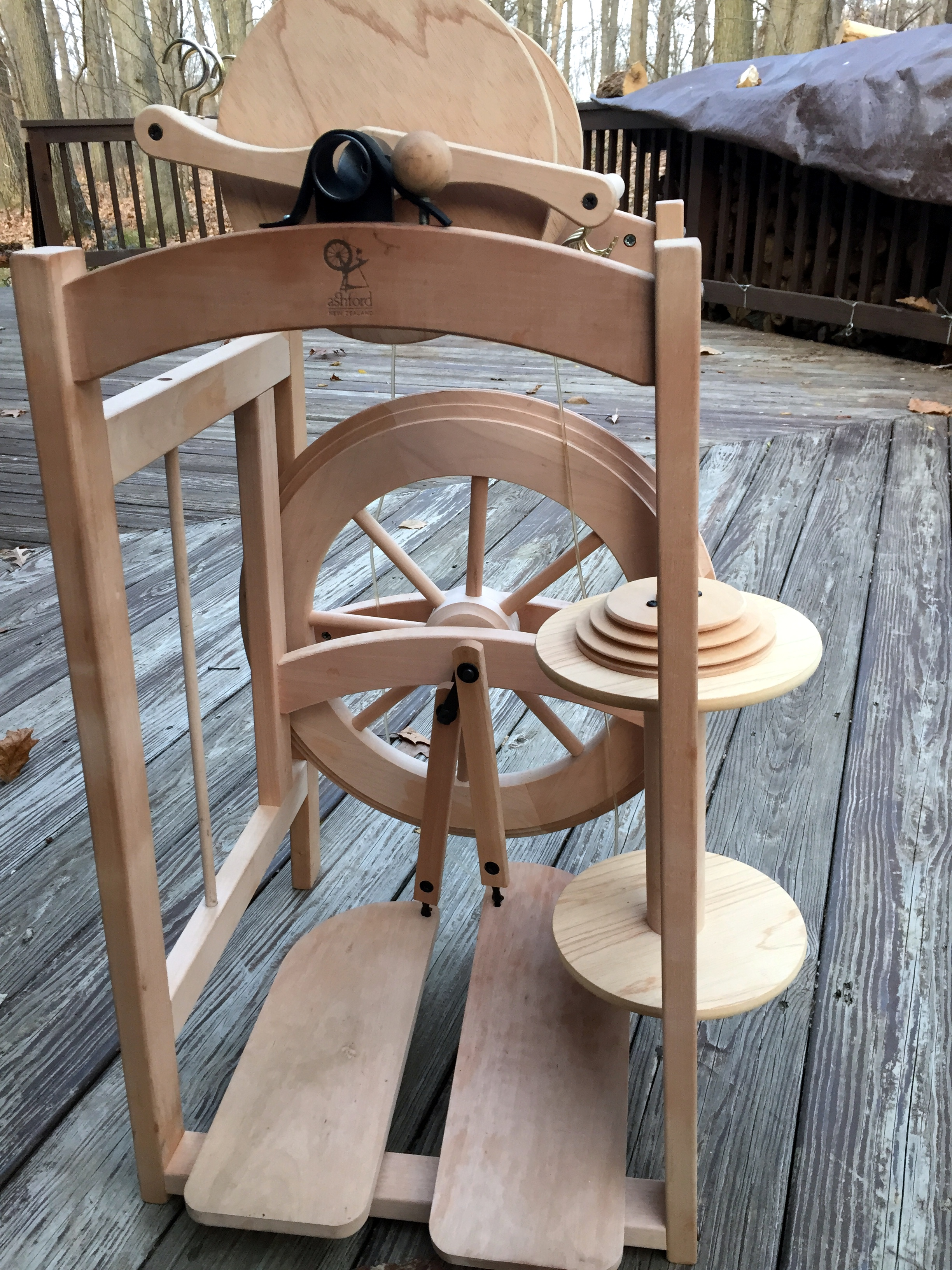 Buying and Selling Spinning Wheels – Fiberygoodness