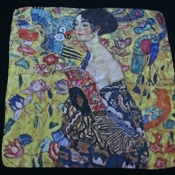 Klimt Silk scarf Lady with a fan - Fibra Creativa