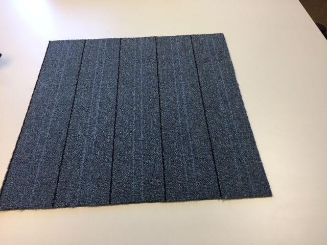 24 carpet tiles grey black line peel and stick