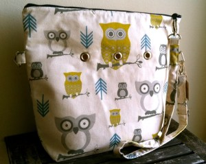 Totable in Natural Owl fabric