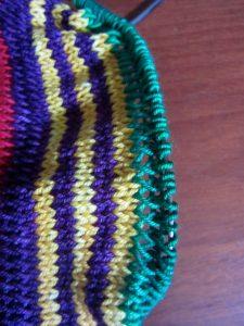 Twisted Loop Pattern