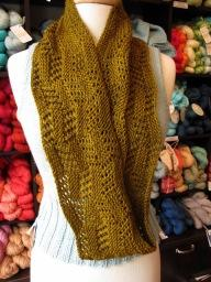 lacey-moebius-cowl-256px-256px