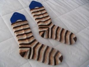AfterThought Heel Socks by Laura Linneman (© heiressknits)
