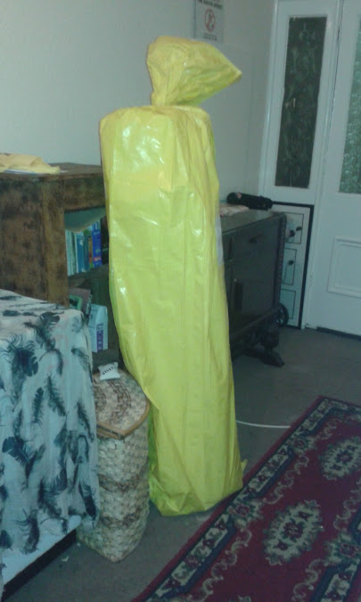 nrem-in-yellow-arrival-package