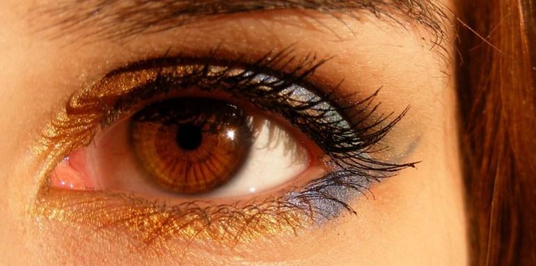 fibromyalgia and eyes problem