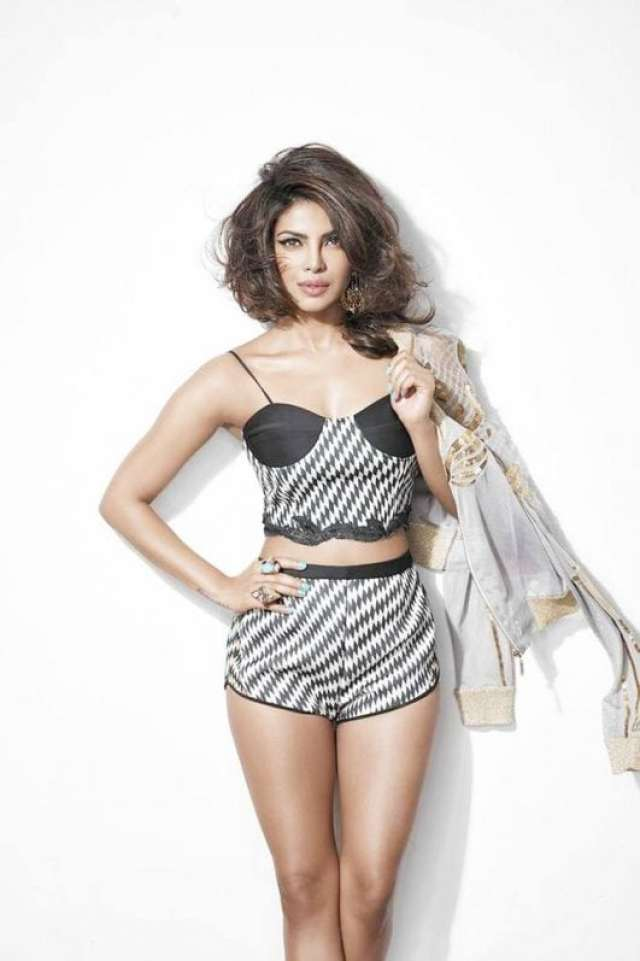 Priyanka Chopra photos: 75 best looking, hot and beautiful HQ and HD Priyanka Chopra Wallpapers and Pics 2017