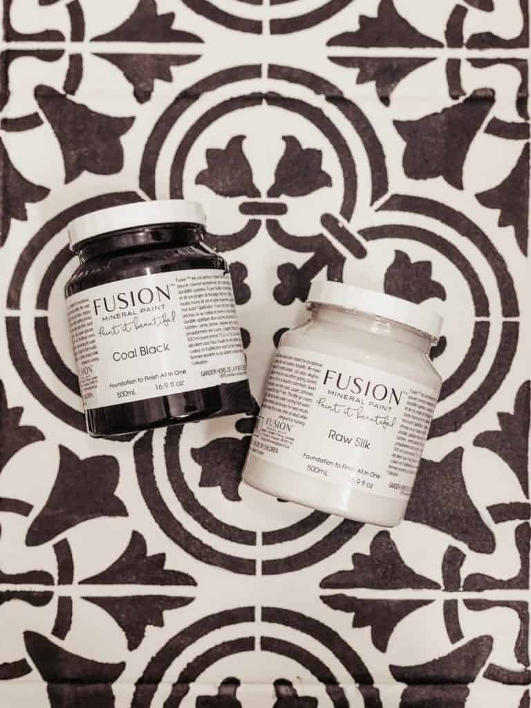 Fusion mineral paint coal black raw silk
