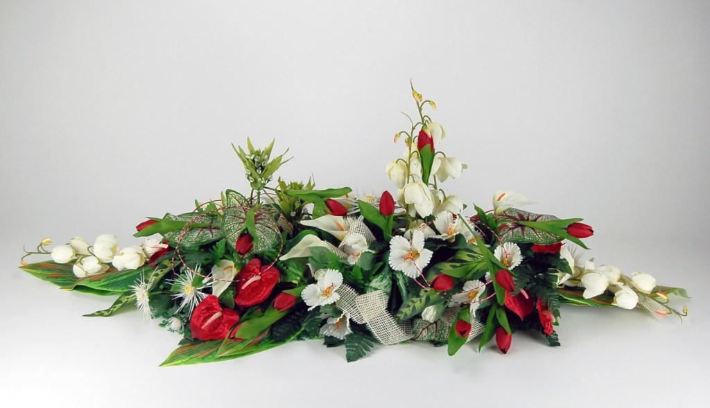 dessus de cercueil fleurs artificielles