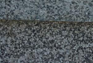 monument funéraire occasion