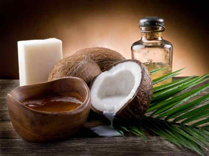 ways to use Coconut oil on your skin