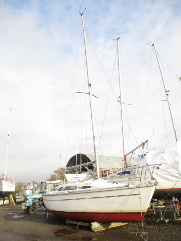 Insurance survey of Parker 275 lift keel yacht at Dell Quay Yacht Yard, Chichester