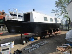 Insurance survey of a traditional style, narrowboat at South Dock Marina
