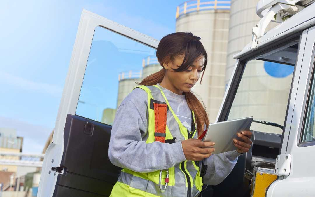 Implementing Field Service Software is the Key to Field Efficiency
